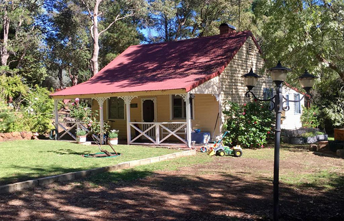 Gumleaf Cottage Farmstay